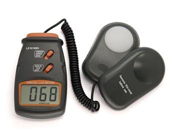 Люксметр цифровой с выносным датчиком LX1010BS (1-100.000 Lx) с выбором диапазона измерений